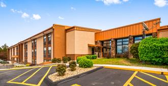 Best Western Center Pointe Inn - Branson - Κτίριο