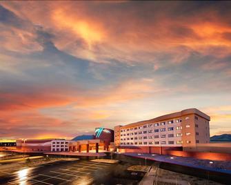 Twin Arrows Navajo Casino Resort - Flagstaff - Building