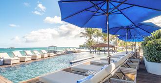 Hodges Bay Resort and Spa - St. John's - Outdoor view