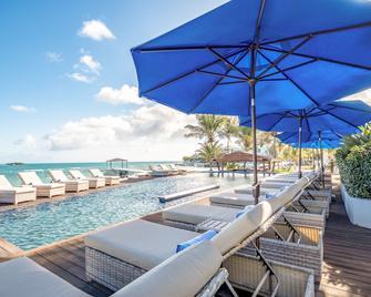 Hodges Bay Resort and Spa - Saint John's - Buiten zicht