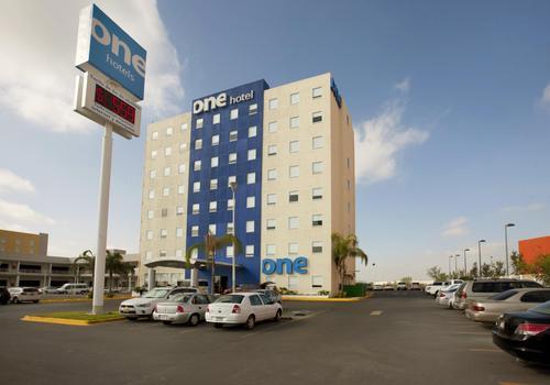 One Monterrey Aeropuerto En 43 5 4 Ciudad Apodaca Hoteles Kayak