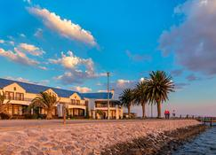 Protea Hotel by Marriott Walvis Bay Pelican Bay - Walvis Bay - Edificio