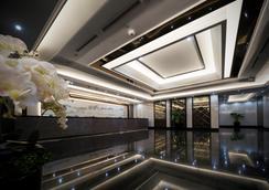 V Hotel Lavender - Singapore - Lobby