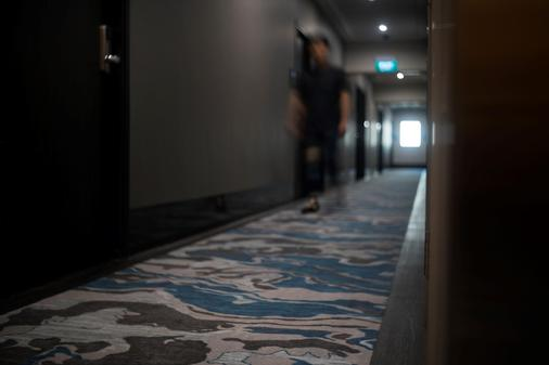 V Hotel Lavender - Singapore - Hallway