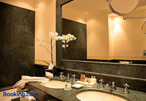 格蘭德豪華酒店 - 韋爾巴尼亞 - 韋爾巴尼亞 - 浴室