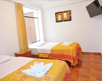 Hostal Silpay - Tacna - Schlafzimmer