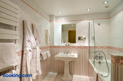 Le Manoir Hotel - Le Touquet - Bathroom