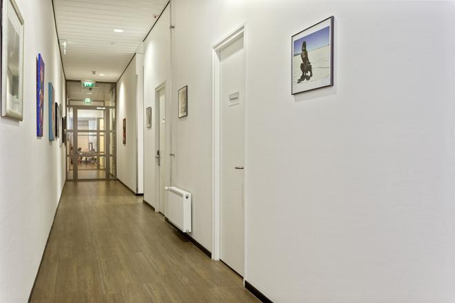 Hostelle - female only hostel - Amsterdam - Hallway