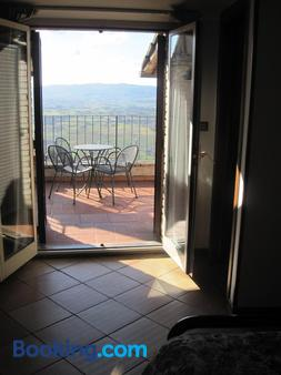 Hotel Sole - Assisi - Balcony