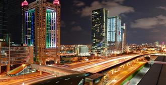 Fairmont Dubai - Дубай - Вид снаружи
