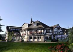 โรงแรมเฮาส์โฮคชไตน์ - Eslohe - อาคาร