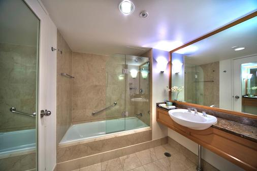 Stamford Plaza Sydney Airport Hotel & Conference Centre - Sydney - Bathroom
