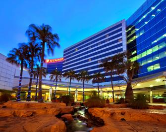 Stamford Plaza Sydney Airport Hotel & Conference Centre - Sydney - Gebouw