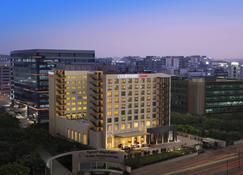 Courtyard by Marriott Bengaluru Outer Ring Road - Bangalore - Edificio