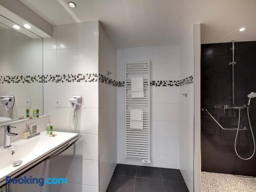 Grand Hôtel de Solesmes - Solesmes - Bathroom