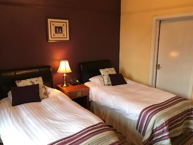 County Hotel Selkirk - Selkirk - Habitación