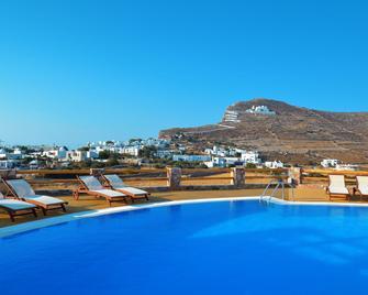 Aspalathras White Hotel - Folegandros - Pool