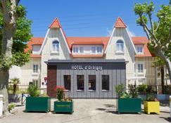 Hôtel D'orbigny - Châtelaillon-Plage - Edifício