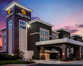 La Quinta Inn & Suites by Wyndham Odessa North - Odessa - Gebouw