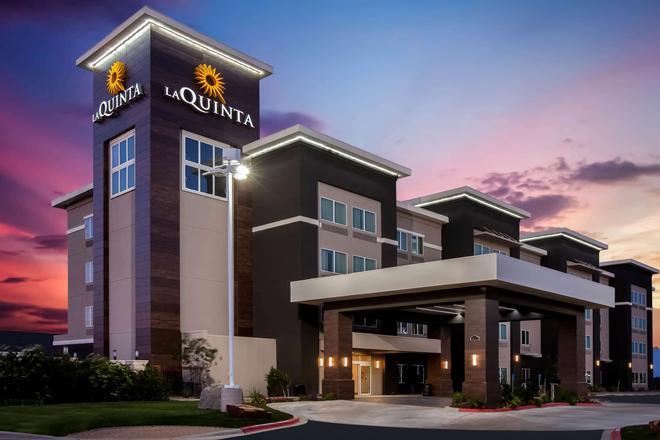 La Quinta Inn & Suites by Wyndham Odessa North - Odessa - Κτίριο