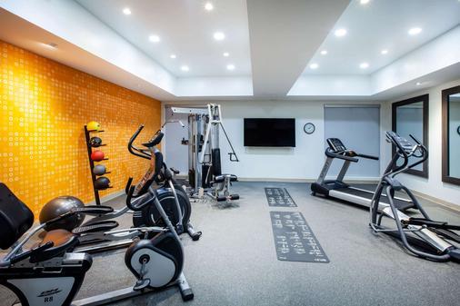 La Quinta Inn & Suites by Wyndham Odessa North - Odessa - Gym