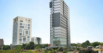 Swiss-Belinn Simatupang - South Jakarta - Bygning