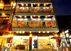 Ocean Star B&B - Hengchun - Building