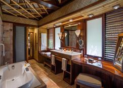 Intercontinental Hotels Le Moana Bora Bora - ไวตาเป - ห้องน้ำ