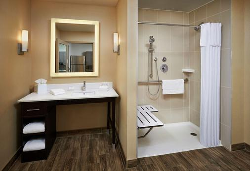 Homewood Suites by Hilton North Bay - North Bay - Phòng tắm
