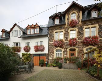 Gästehaus Kiebel - Lösnich - Building