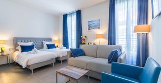 Hotel Nice Azur Riviera - Niza - Habitación