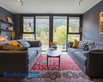 Hemsedal Mountain Apartment - Хемседал - Living room