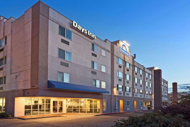 Days Inn by Wyndham Seatac Airport - SeaTac - Κτίριο