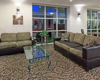 Days Inn by Wyndham Seatac Airport - SeaTac - Wohnzimmer