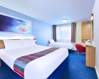 Travelodge Newquay Seafront - Newquay - Bedroom