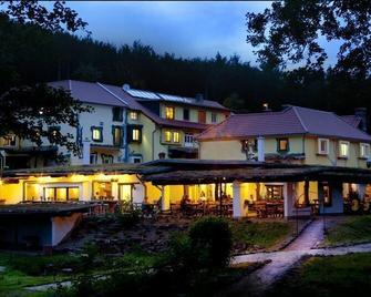 Hotel Hüttenmühle - Hillscheid - Building