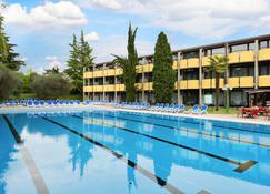 Hotel Palme & Suite - Garda - Pool