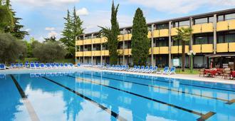 Hotel Palme & Suite - גארדה - בריכה