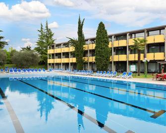 Hotel Palme & Suite - Garda - Bazén