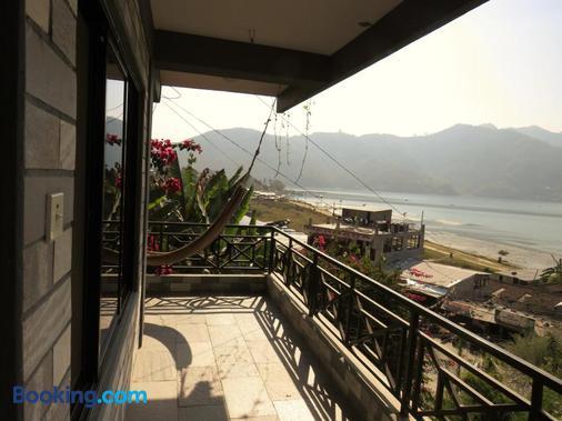 Lake Vision Guest House - Pokhara - Balcony
