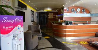 Temiz Otel - Alanya - Front desk