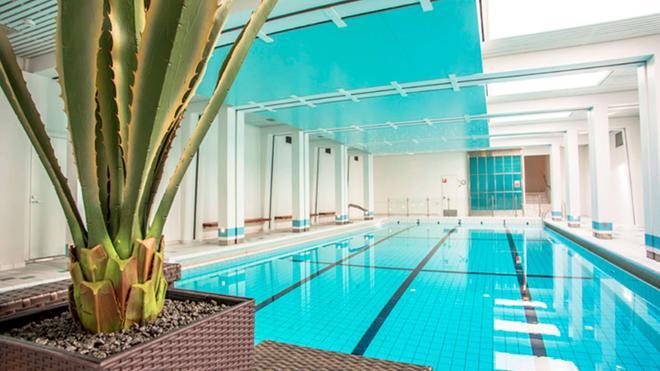 Hotel Haaga Central Park - Helsinki - Pool