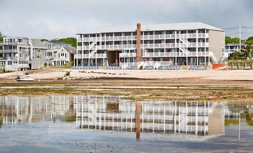 Surfside Hotel and Suites - Provincetown - Building