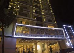 Golden Tulip - The Grandmark Dhaka - Dhaka - Toà nhà