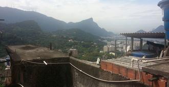 Hostel Fenix Rocinha - Rio de Janeiro - Outdoors view