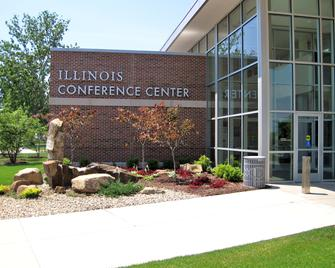 I Hotel And Conference Center - Champaign - Building