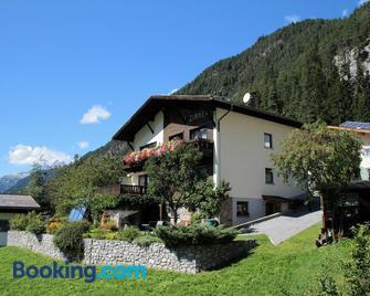 Gästehaus Scherl - Pettneu Am Arlberg - Building