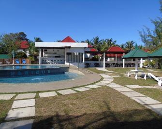 Phaidon Beach Resort - Pandan - Piscina
