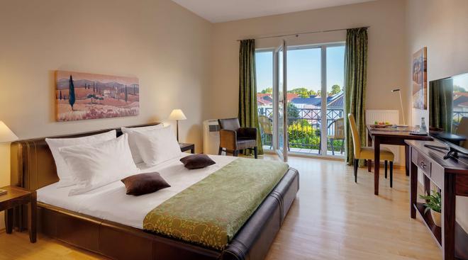 Hotel Villa Medici - Bad Schönborn - Schlafzimmer