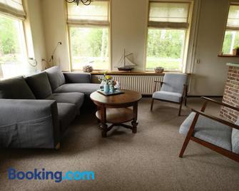 It Foarhús - Earnewâld - Living room